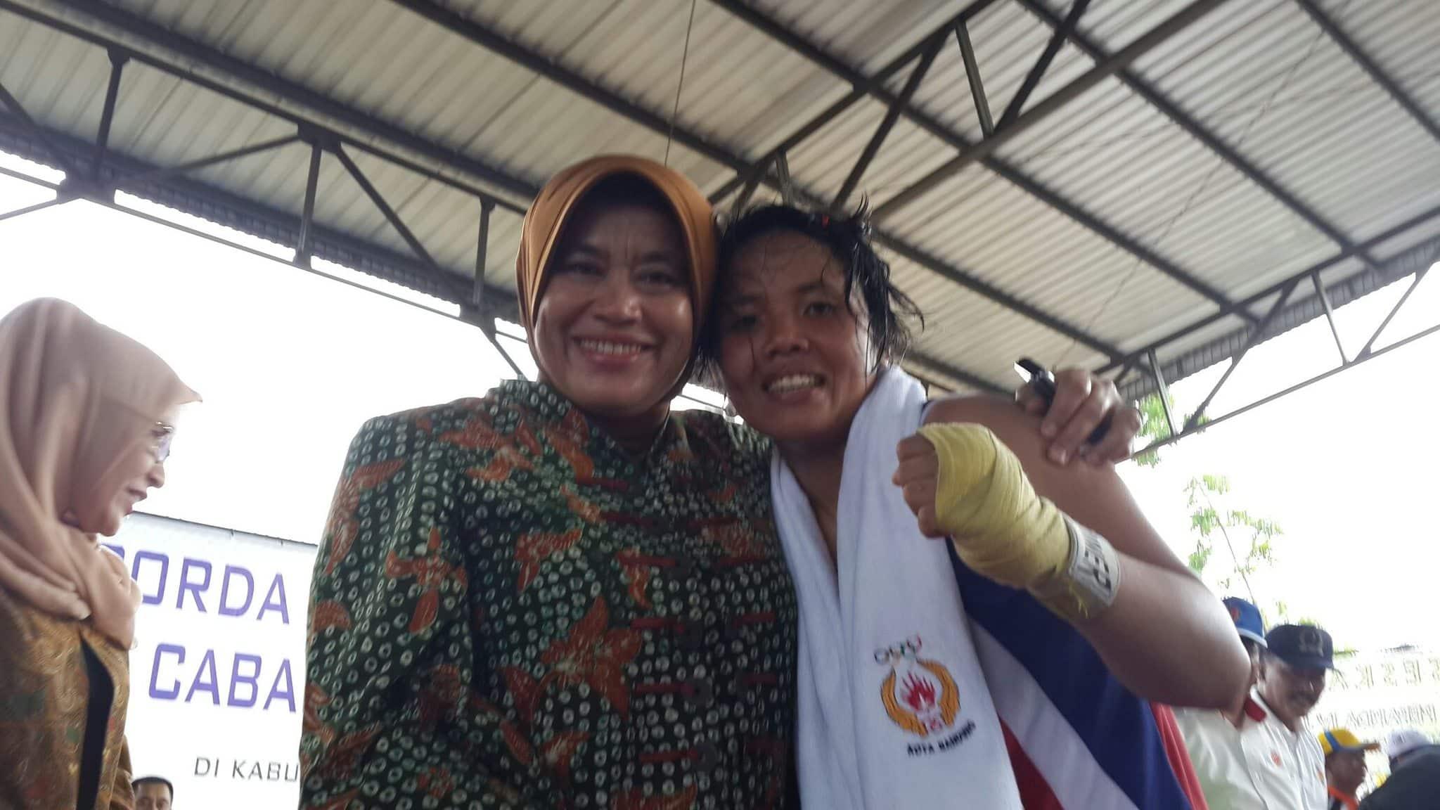 Sersan Dua Ni Luh Gede Yeni Raih Medai Emas Tinju Putri