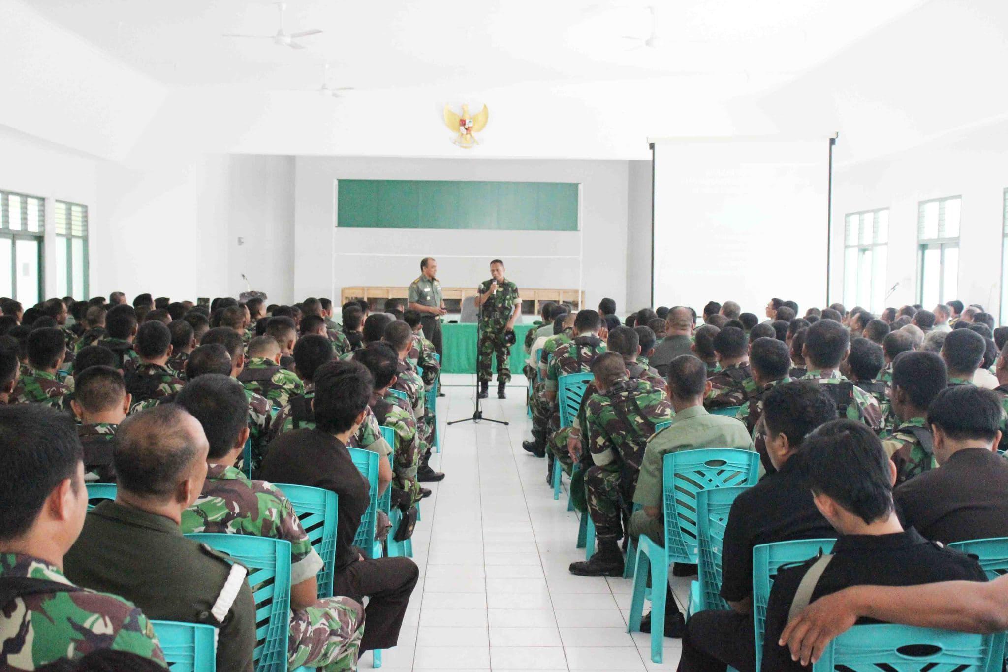 Danrem 132/Tdl Sosialisasikan Proxy War Kepada Prajurit