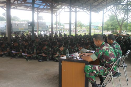 Parjurit Yonif 644/Walet Sakti Tes Psikologi Persiapan Satgas Pamtas Indonesia-Malaysia