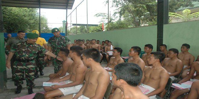 Kasdam IM Tinjau Tes Awal Secata PK TNI AD Gel.II Th. 2014