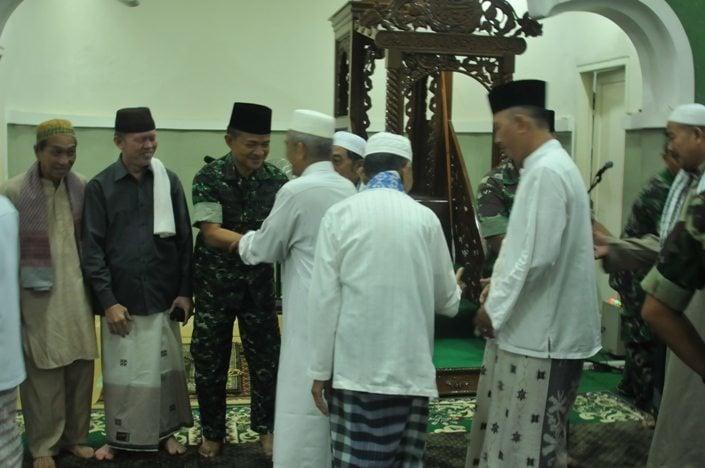 TNI AD Serbuan Teritorial ke Masjid Jamik Pangkalpinang