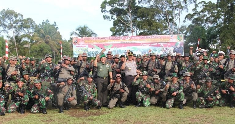 Pangdam XVII/Cenderawasih Menghadiri Acara Penutupan Latihan Pra Operasi Matoa V-2014
