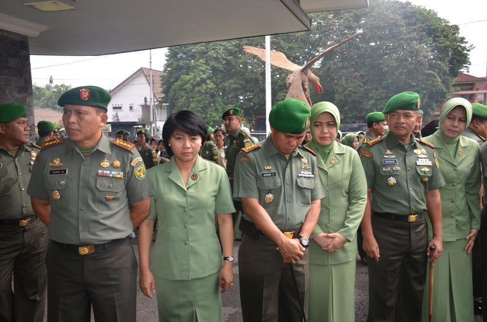 DANREM 044/GAPO HADIRI TRADISI SATUAN PELEPASAN MAYJEN TNI BAMBANG BUDI WALUYO