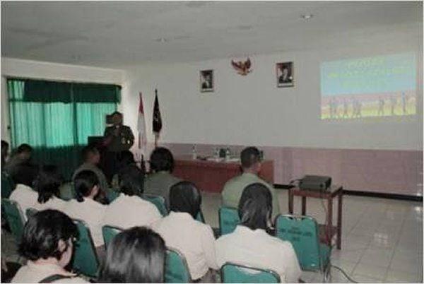 Penyuluhan Hukum di Kesdam Jaya