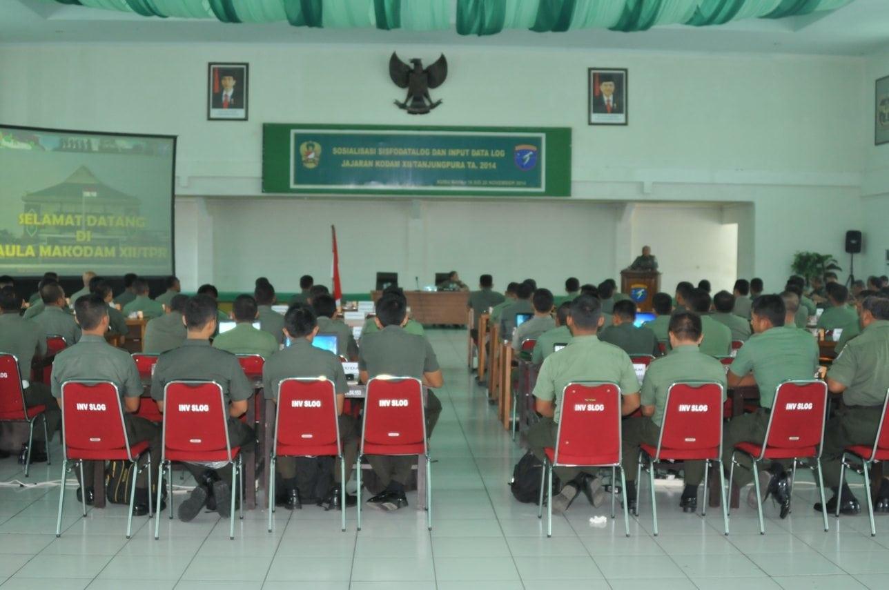 Prajurit Kodam XII/Tanjungpura Sosialisasi Sisfodatalog dan Infut Data Logistik