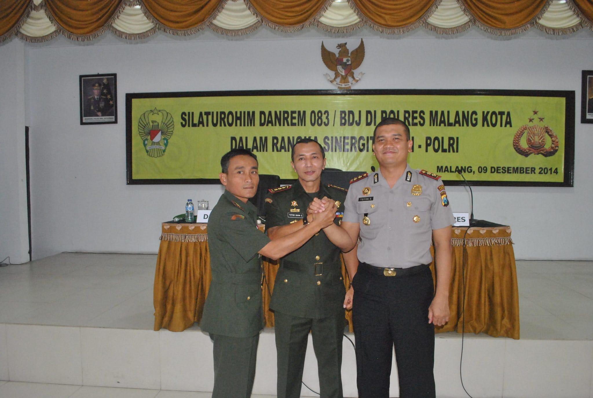 DANREM 083/BDJ MERAJUT KEBERSAMAAN TNI-POLRI DALAM TUGAS DI WIL. MALANG KOTA