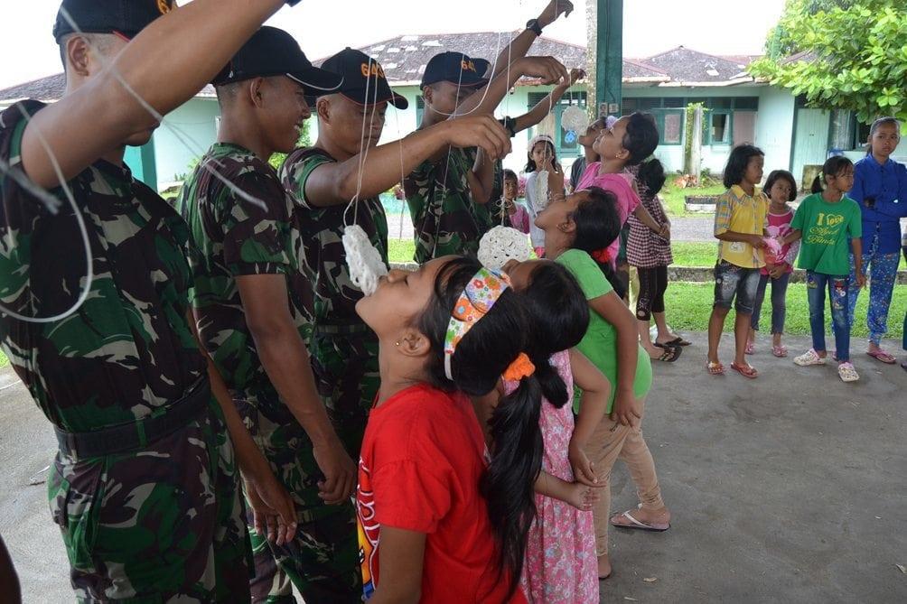 Dihari Jadi ke-39 Danyonif 643/WNS Berikan Penghargaan kepada Prajurit dan Anak-anak Berprestasi