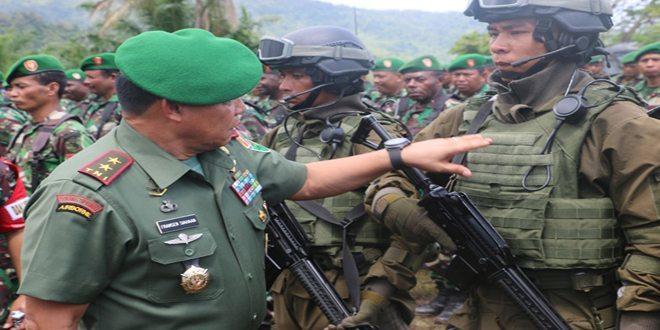 Pangdam XVII/Cenderawasih Pimpin Gelar Pasukan Dalam Rangka Pengamanan Kunjungan Kerja Presiden RI Beserta Rombongan di Wilayah Papua