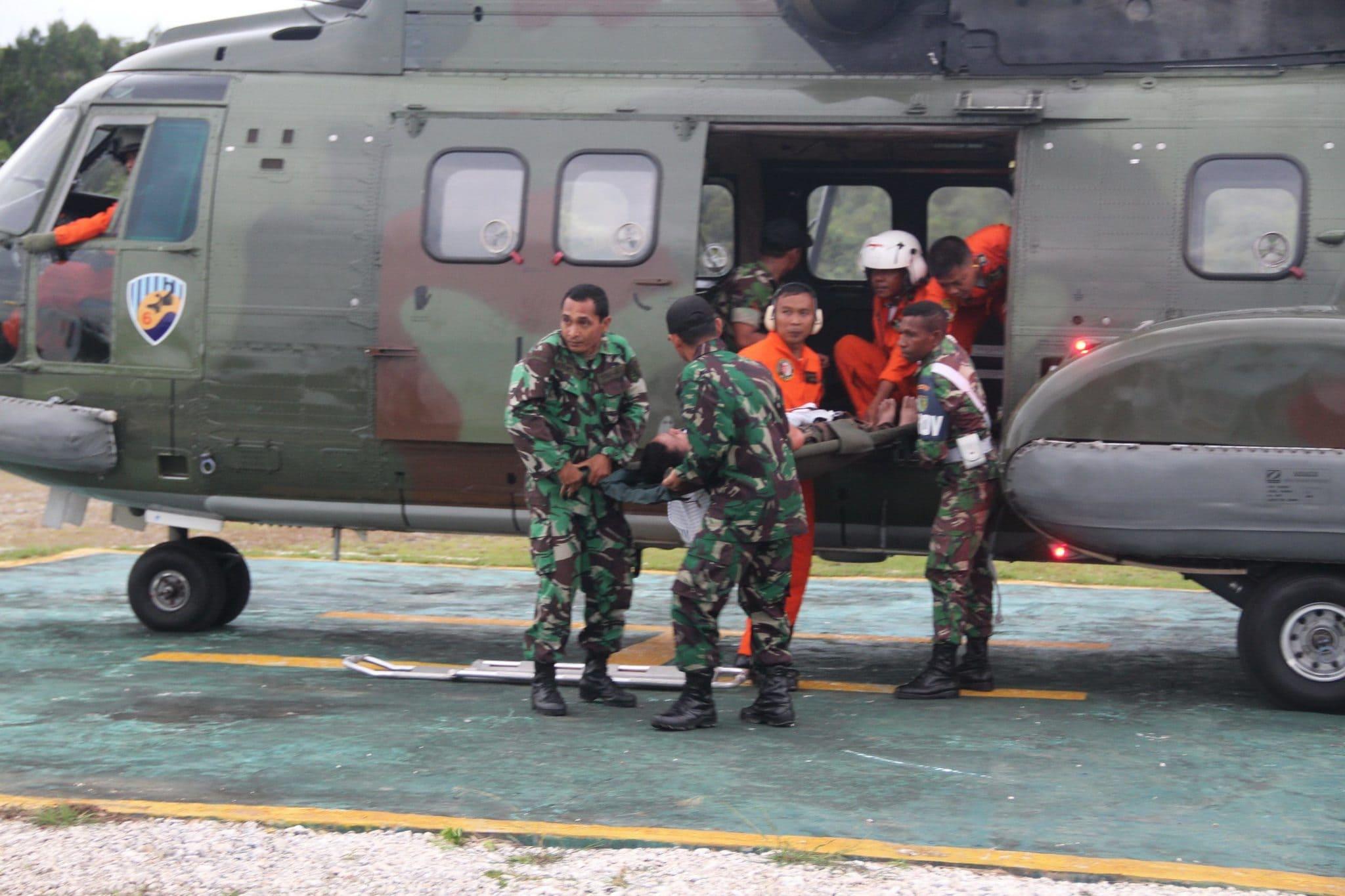 Crew Helly Super Puma dan Personel Satgas Pamtas 133/YS Berhasil di Evakuasi