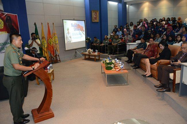 """Pangdam Jaya : """"Mahasiswa/i UPI YAI Harus Siap Hadapi Indonesia Emas"""""""
