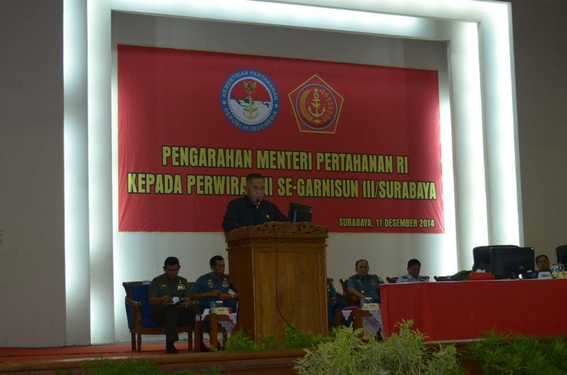 PENGARAHAN MENHAN RI KEPADA PERWIRA TNI SE-GARTAP III/SBY