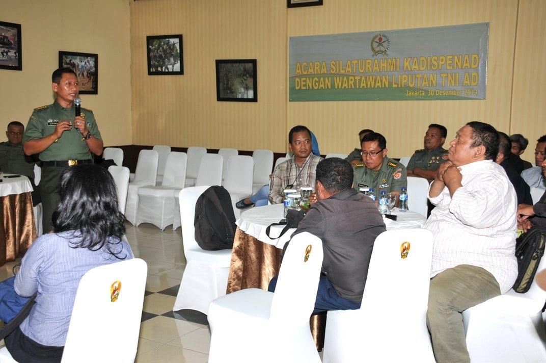 Kadispenad Silahturahmi Dengan Wartawan Liputan TNI AD