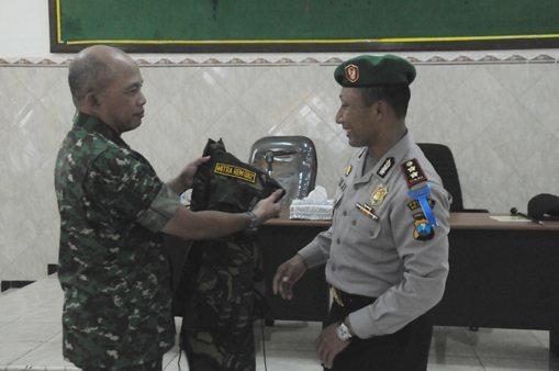 TNI-POLRI BERGANDENGAN TANGAN WUJUDKAN MOJOKERTO YANG KONDUSIF