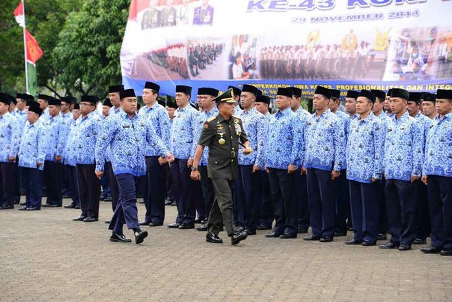 Panglima TNI Pimpin Upacara HUT Ke-43 KORPRI