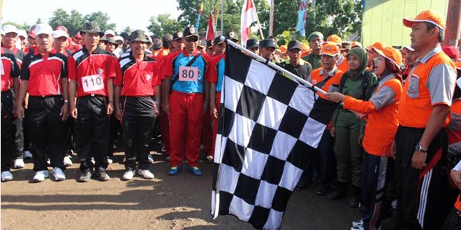 Lomba Gerak Jalan 18 KM Dalam Rangka HUT Brebes Ke-337 Tahun 2015