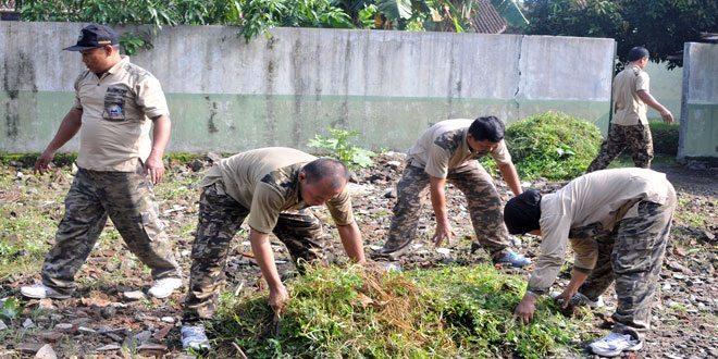 Sukseskan Program Indonesia Bersih