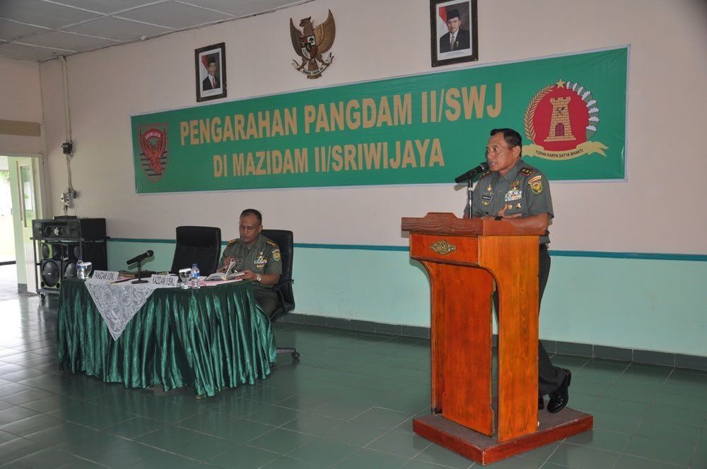 PANGDAM II/SWJ : BEKERJALAH SESUAI KETENTUAN DAN ATURAN