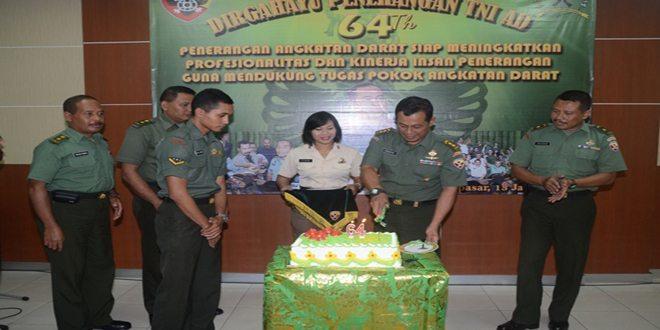 Pendam IX/Udayana Menggelar Syukuran Hut Ke-64 Penerangan Angkatan Darat