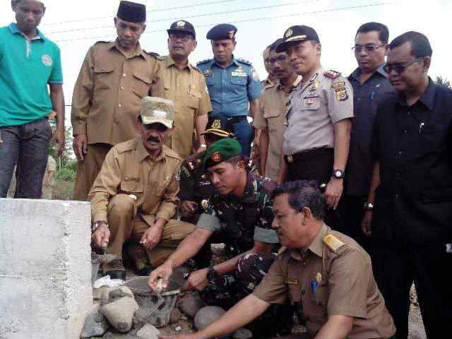 Dandim 0103/Aceh Utara Letakan Batu Pertama Pembagunan Irigasi
