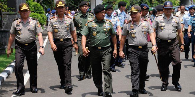 Panglima TNI : TNI Siap Bantu Keluarga Korban Air Asia QZ-8501