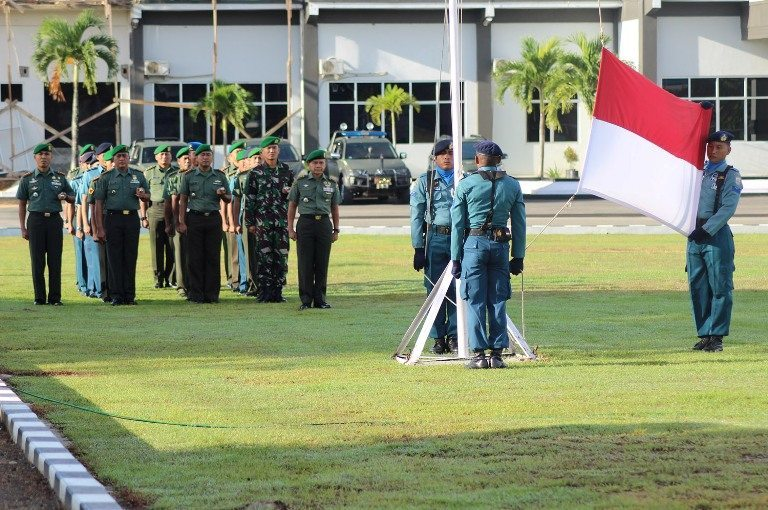UPACARA BENDERA 17AN BULAN JANUARI 2015 TNI-POLRI DI WILAYAH SORONG