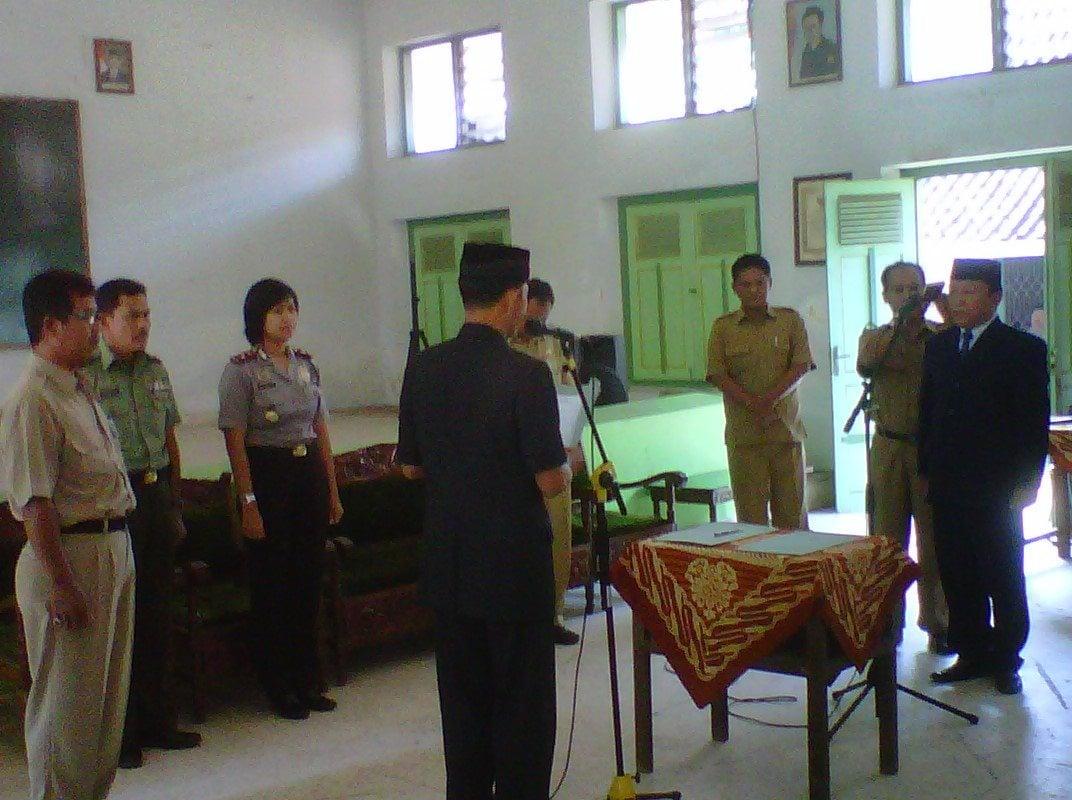 Babinsa Koramil 16/Godean Hadiri Sertijab Pejabat (PJ) Kepala Desa Sidoarum