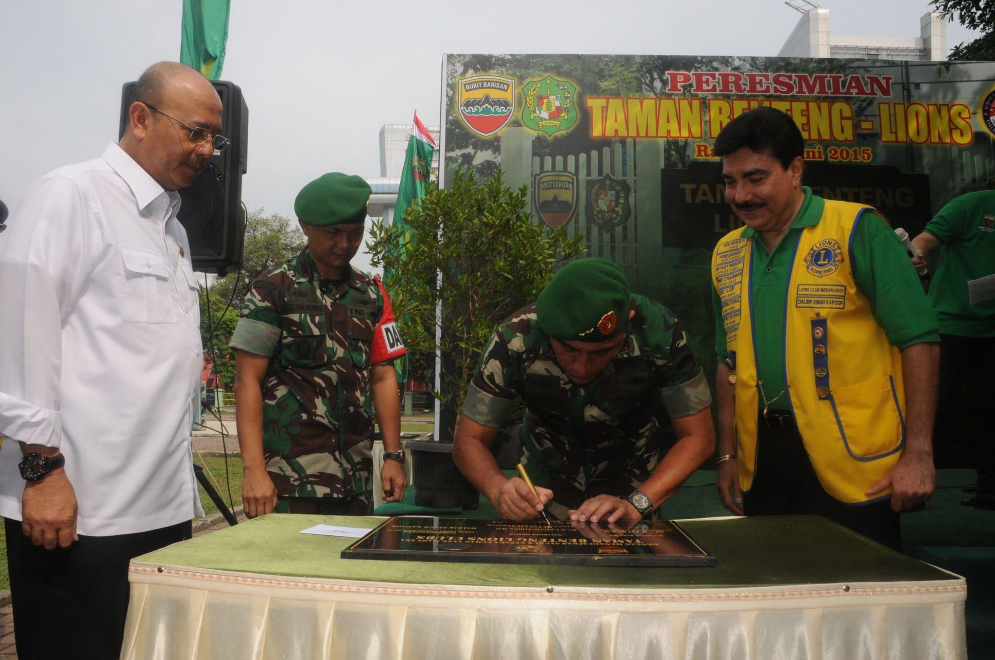 Pangdam I/Bb Resmikan Taman Benteng Lions club