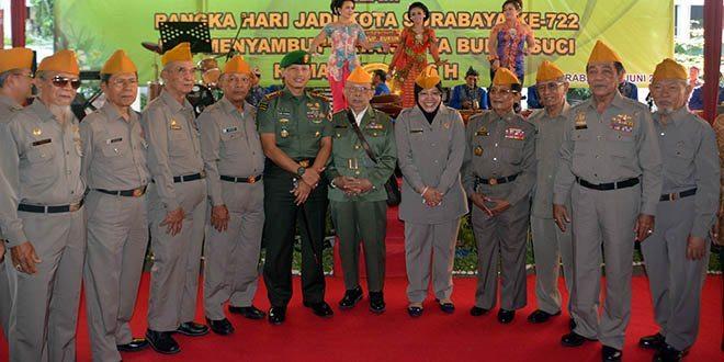 Danrem 084/Bhaskara Jaya Hadiri Silaturahmi Walikota Dengan Veteran Surabaya