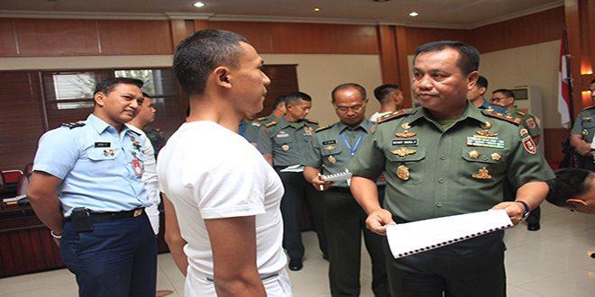 Pangdam VI/Mlw Pimpin Sidang Pantukhir Catar Taruna Taruni TNI Ta. 2015