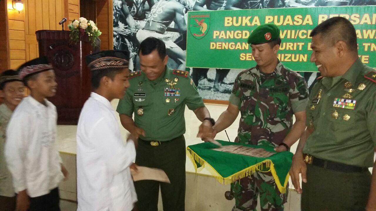 Buka Puasa Pangdam XVII/Cenderawasih Dengan Prajurit Dan Pns TNI AD Segarnizun Merauke
