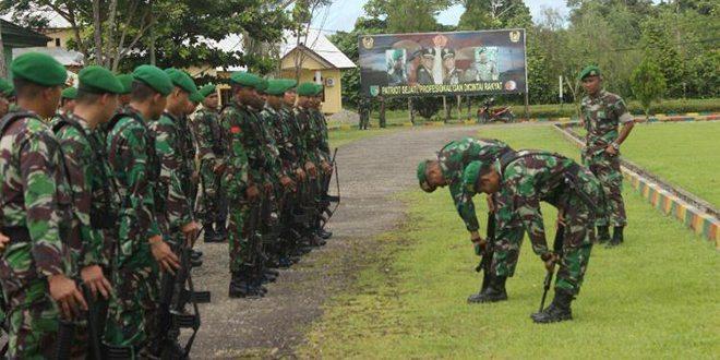 Anggota Denma Brigif-20/IJK Laksanakan Upacara Bendera Dilanjutkan Dengan Permildas