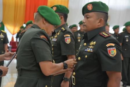 Pangdam Pimpin Sertijab Dua Pamen Kodam VII/Wrb