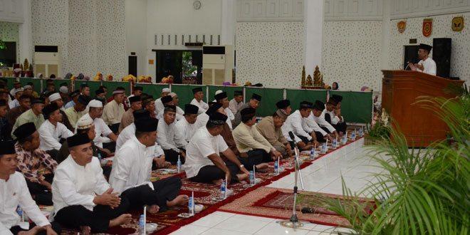 Kodam IV/Diponegoro Tuan Rumah Tarawih Keliling