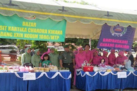 Persit KCK Cabang XXIX Kodim 1006/Mtp Turut Serta Pada Pasar Ramadhan