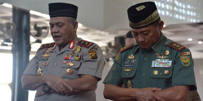 Manunggal Jumat Bersama TNI Polri Dan Masyarakat