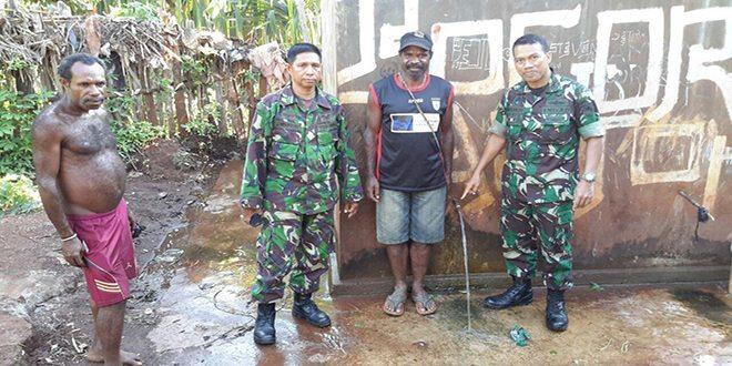 Peduli Sanitasi Korem 172/PWY Bangun Jamban di Pemukiman Masyarakat