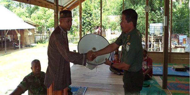 Danrem 011/Lw Berikan Bantuan Kepada Balai Pengajian Gampong Paloh