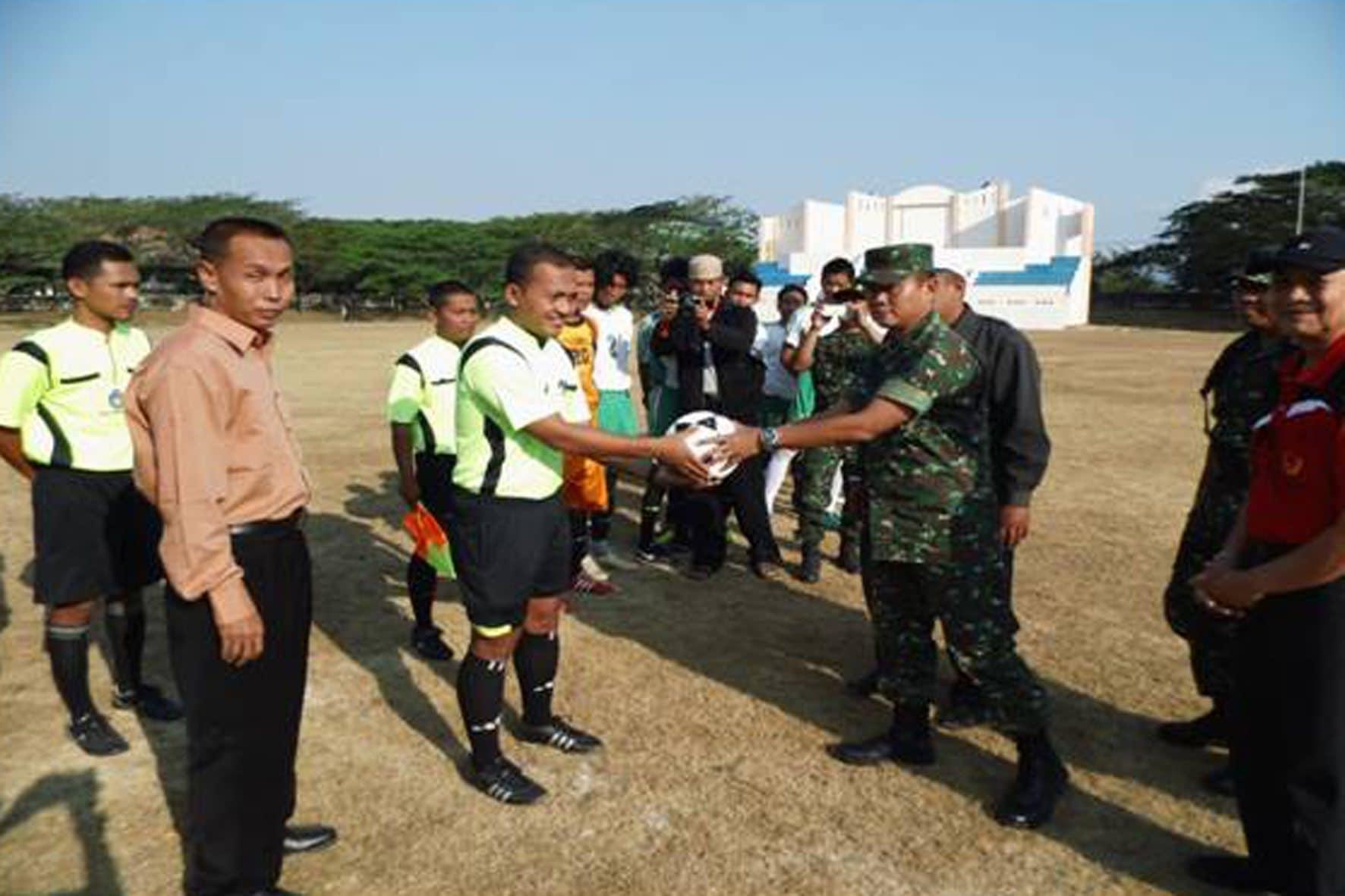 Turnamen sepak bola Dandim Cup Dim Ponorogo (2)