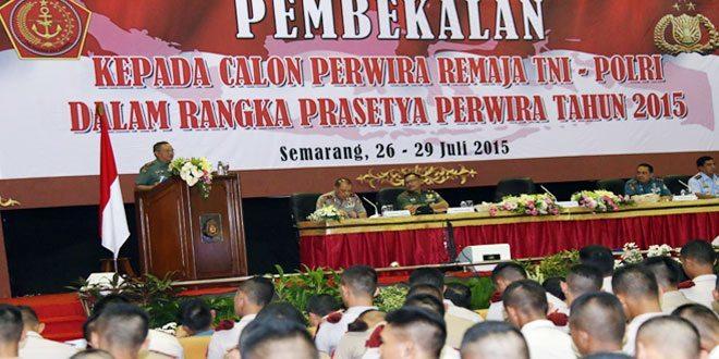 Danjen Akademi TNI : Praspa TNI dan Pelantikan Perwira Polri Tahun 2015 di Akpol Semarang