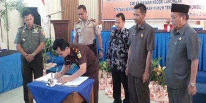 Antisipasi Pemilu Kada Serentak, Lamongan tanda tangani MoU Penegakkan Hukum Terpadu