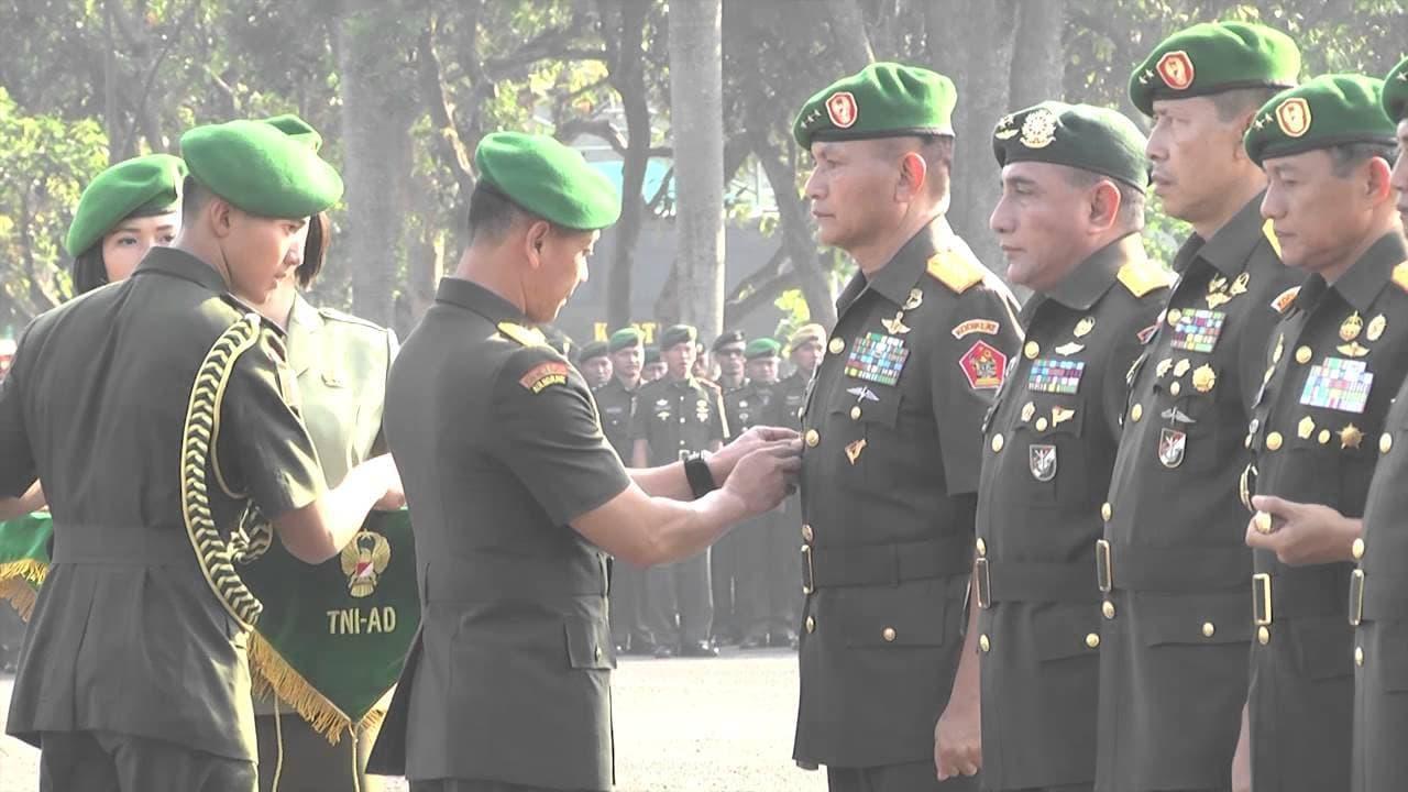 Sertijab Pangkostrad, Pangkotama dan Kabalakpus Jajaran TNI AD