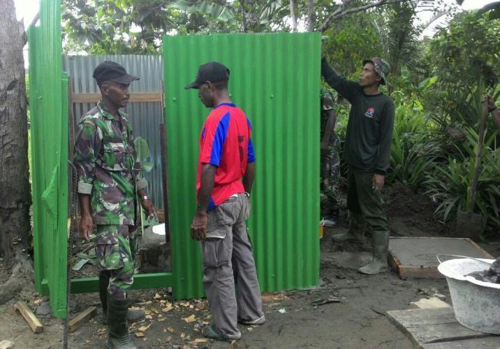 Kodim 1701/Jayapura Bangun 16 Unit Jamban Untuk Masyarakat