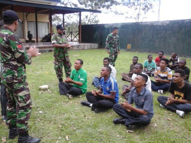 Denma Brigif-20/IJK berikan pembekalan Bela Negara kepada siswa SMK Taruna Rajawali