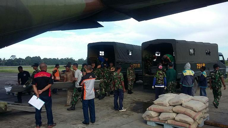 Yonif 751/R dukung penuh program Kodam XVII/Cenderawasih dalam kirim bantuan untuk korban tolikara