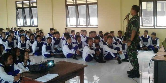Danramil 1204-01/Kps Berikan Sosialisasi Wawasan Kebangsaan kepada Siswa SMK