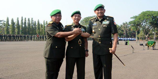 Serah Terima Jabatan Pejabat Lingkungan TNI AD
