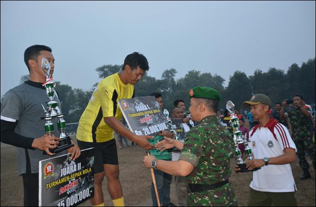Upacara Penutupan Turnamen Sepak Bola Danrem Cup I TA. 2015