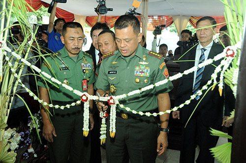 TNI Miliki Studio TV dan Radio BMW