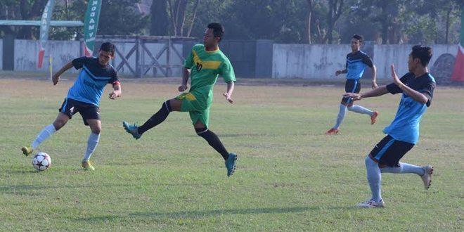 Semi Final Sepak Bola Piala Pangdam V/Brawijaya Berlangsung Seru
