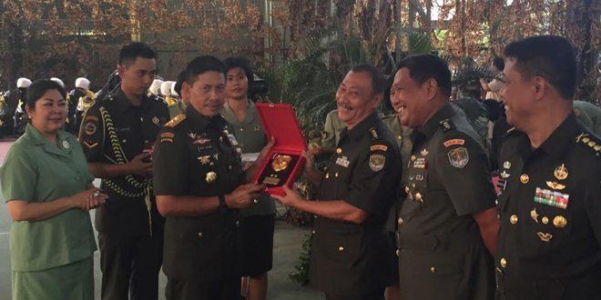 Mohon Pamit Pangdam Jaya Berikan 39 Unit Sepeda Motor Kepada Keluarga Besar Kodam Jaya
